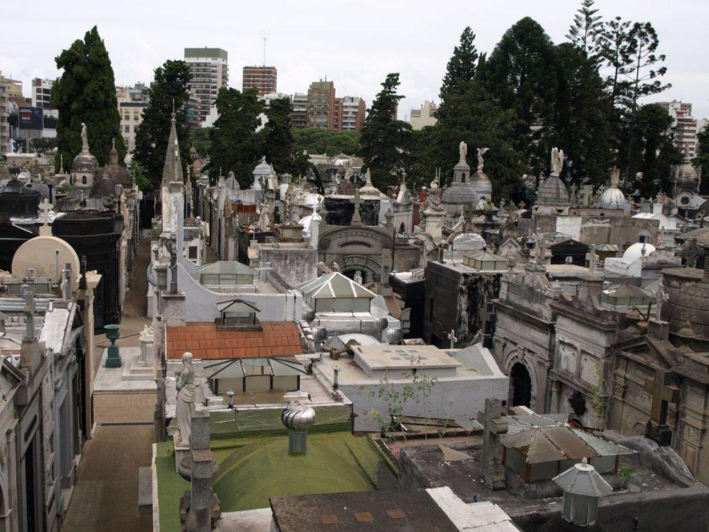 Historia de cementerios eterdigital for Cementerio jardin de paz buenos aires