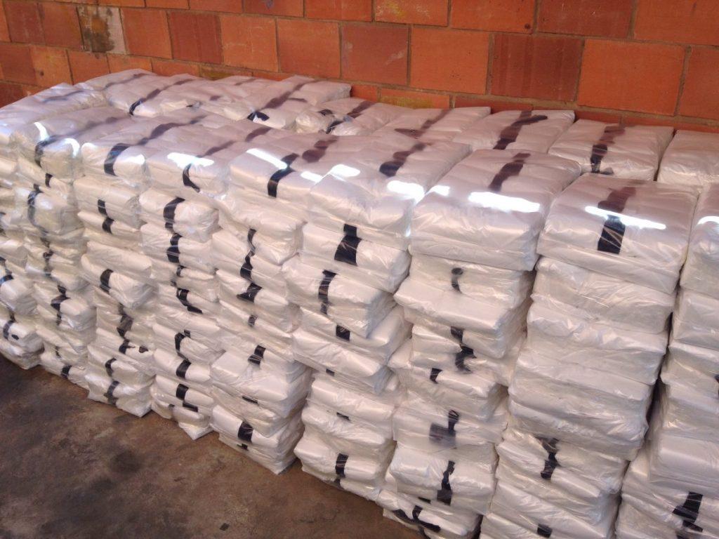 bolsas-plasticas-de-asas-20-kg-tipo-camiseta-somos-fabrica-d_nq_np_858901-mlv20424518407_092015-f