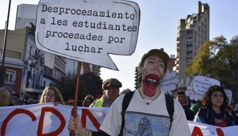 PROCESADOS POR LUCHAR
